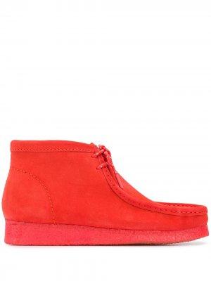 Ботинки дезерты Wallabee Clarks Originals. Цвет: красный