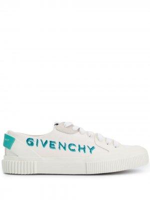 Кеды на шнуровке Givenchy. Цвет: белый