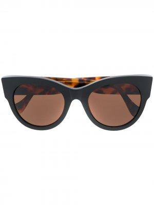 Солнцезащитные очки Noa в оправе кошачий глаз Retrosuperfuture. Цвет: черный