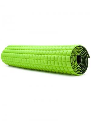 Стеганый коврик No Ka' Oi. Цвет: зеленый