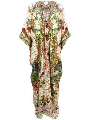 Кафтан Verona с цветочным принтом Camilla. Цвет: зеленый