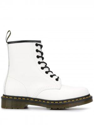 Ботинки 1460 на шнуровке Dr. Martens. Цвет: белый