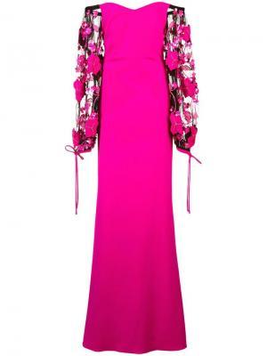 Платье с открытыми плечами и аппликацией на рукавах Badgley Mischka. Цвет: розовый