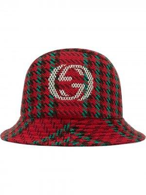 Панама в ломаную клетку с логотипом Interlocking G Gucci. Цвет: красный