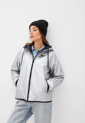 Куртка утепленная Nike. Цвет: серебряный