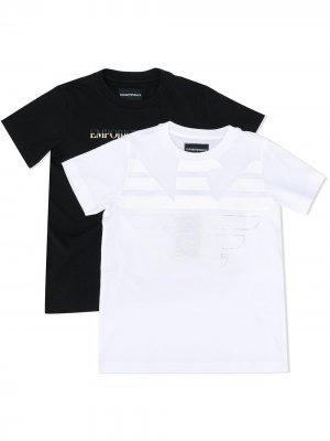 Комплект из двух футболок с логотипом Emporio Armani Kids. Цвет: белый