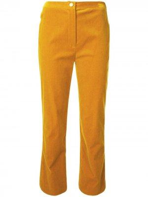 Бархатные укороченные брюки прямого кроя Chanel Pre-Owned. Цвет: желтый