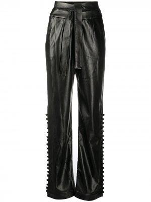 Прямые брюки из искусственной кожи Materiel. Цвет: черный