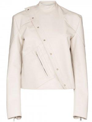 Байкерская куртка со смещенной застежкой Zilver. Цвет: белый