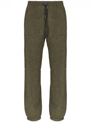 Спортивные брюки из шерпы Holden. Цвет: зеленый