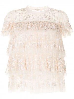 Блузка с оборками и вышивкой Needle & Thread. Цвет: нейтральные цвета