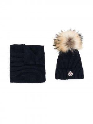 Комплект из шарфа и шапка бини Moncler Enfant. Цвет: синий