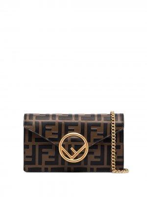 Поясная сумка с тисненым узором FF Fendi. Цвет: коричневый