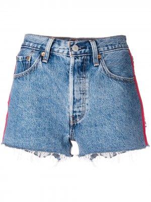 Levis джинсовые шорты с отделкой сбоку Levi's. Цвет: синий