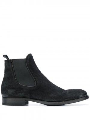 Ботинки с эластичными вставками Pantanetti. Цвет: черный