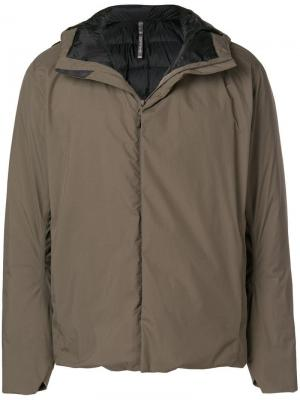 Padded hooded jacket Arc'teryx. Цвет: зеленый