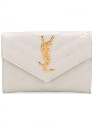 Стеганый кошелек с декором Monogram Saint Laurent. Цвет: нейтральные цвета