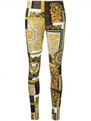 Легинсы с принтом Versace. Цвет: золотистый