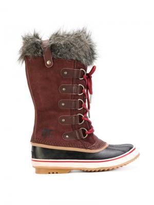 Ботинки по щиколотку Sorel. Цвет: красный