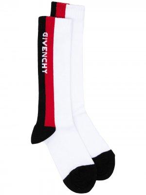 Носки вязки интарсия с логотипом Givenchy Kids. Цвет: белый