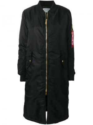 Длинная куртка-бомбер Alpha Industries. Цвет: черный