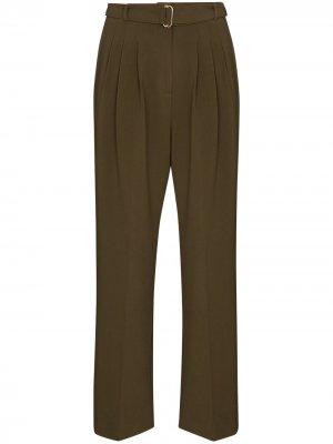 Зауженные брюки с защипами Frankie Shop. Цвет: зеленый