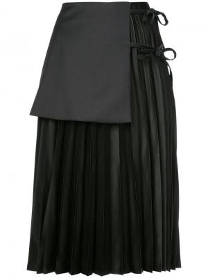Многослойная плиссированная юбка Noir. Цвет: черный