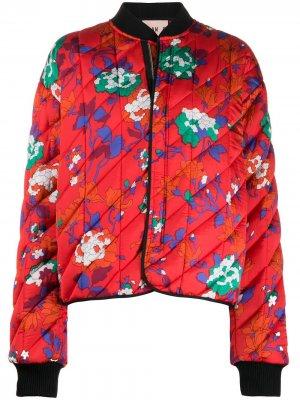 Пуховик-бомбер с цветочным принтом Plan C. Цвет: красный