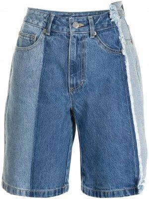 Джинсовые шорты с контрастными вставками SJYP. Цвет: синий