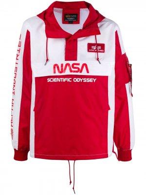 Анорак Scientific Odyssey с капюшоном Alpha Industries. Цвет: красный
