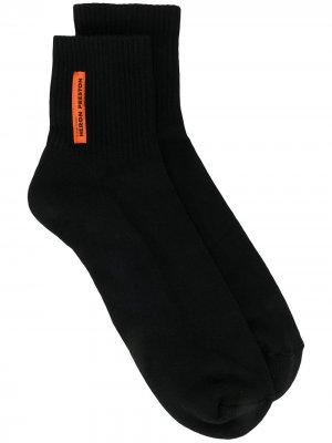 Носки с нашивкой-логотипом Heron Preston. Цвет: черный