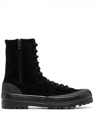 Высокие ботинки на шнуровке Superga. Цвет: черный