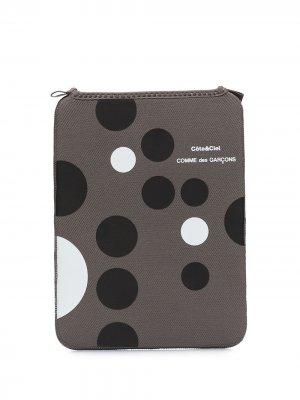Чехол для MacBook Pro 13 дюймов из коллаборации с Côte & Ciel Comme Des Garçons Wallet. Цвет: серый