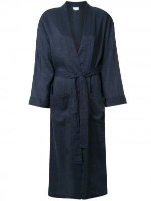 Халат с поясом Pour Les Femmes. Цвет: синий