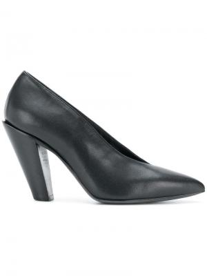 Pointed toe pumps A.F.Vandevorst. Цвет: черный