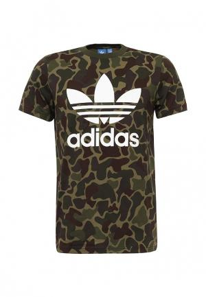 Футболка adidas Originals. Цвет: зеленый