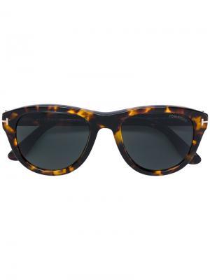Солнцезащитные очки Benedict Tom Ford Eyewear. Цвет: коричневый
