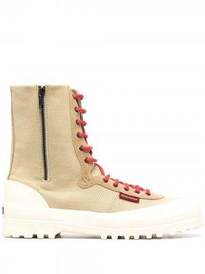 Высокие ботинки на шнуровке Superga. Цвет: нейтральные цвета