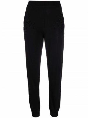 Зауженные спортивные брюки со вставками в технике кроше Stella McCartney. Цвет: черный