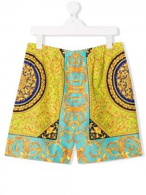 Плавки-шорты с принтом Baroque Young Versace. Цвет: золотистый