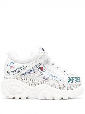 Массивные кроссовки с надписью Buffalo. Цвет: белый