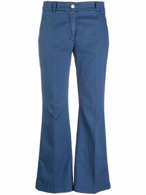 Укороченные расклешенные брюки Incotex. Цвет: синий