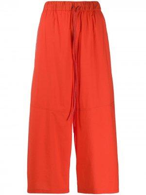 Укороченные брюки палаццо Yves Salomon. Цвет: красный