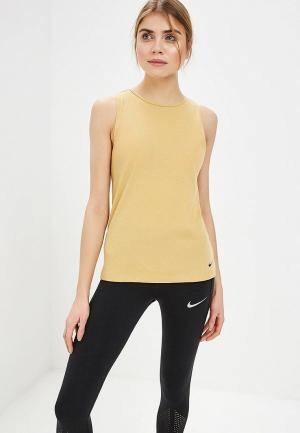 Майка спортивная Nike. Цвет: желтый