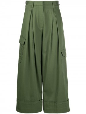Укороченные брюки со складками на талии Tibi. Цвет: зеленый