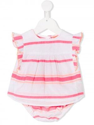 Платье с полосатой оборкой Sunuva. Цвет: белый