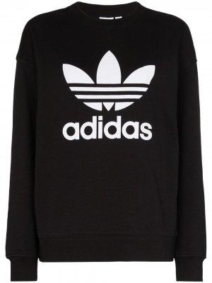 Толстовка с логотипом adidas. Цвет: черный