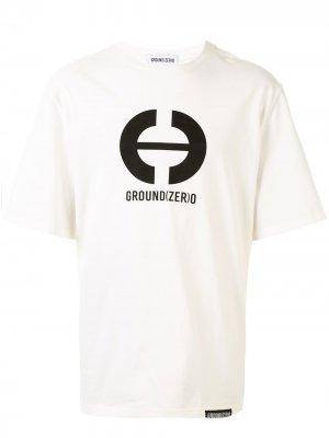 Футболка с логотипом Ground Zero. Цвет: белый