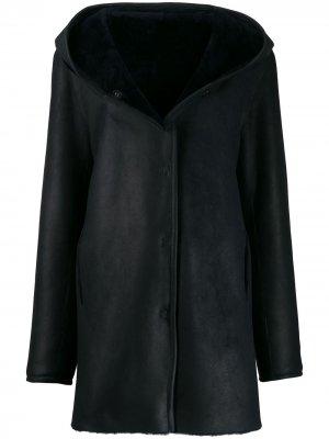 Пальто Pace с капюшоном Liska. Цвет: черный