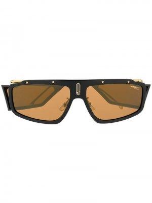 Солнцезащитные очки Facer в прямоугольной оправе Carrera. Цвет: коричневый